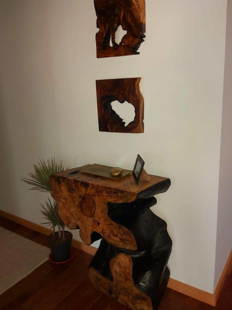 Conjunto de Consola em Tamarindo e Quadros em Suar, Papiro Wood