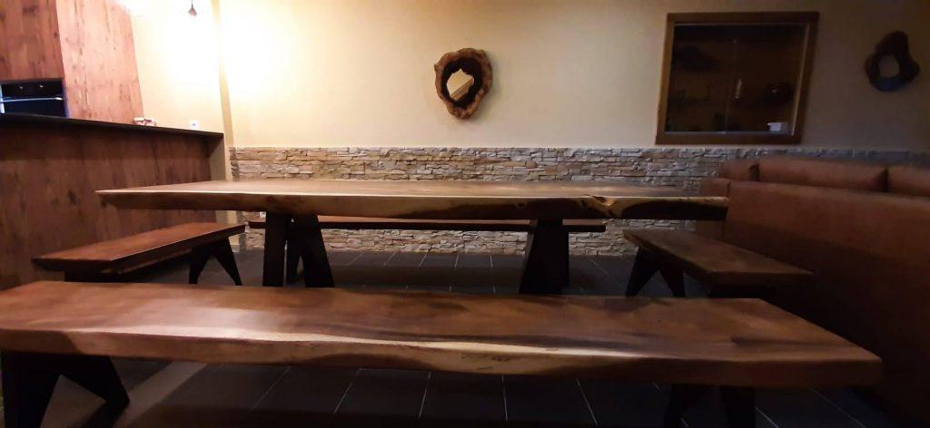 Mesa de Jantar em Suar tropical, Papiro Wood